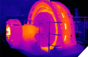 Vérification des points chauds par caméra thermique, service de maintenance prédictive