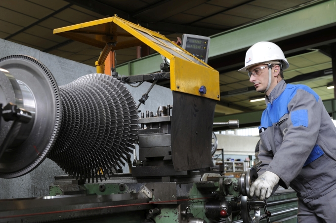 Rotor repair of a turbomachine by SPIE Turbomachinery